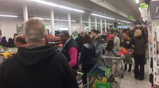 Asda card payment issue causes long checkout queues