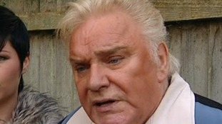 Freddie Starr released on bail by Savile police