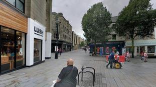 Woman steals £600 from elderly man