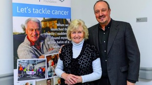 Rafa visits Sir Bobby Cancer Research Centre