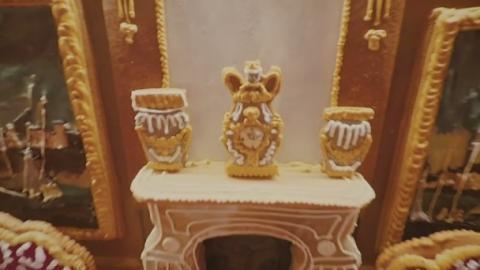 Gingerbread_house_WEB