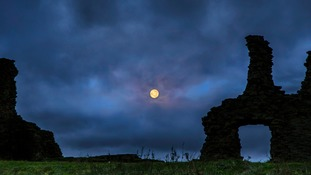 Full moon setting Tuesday morning at Sandal Castle