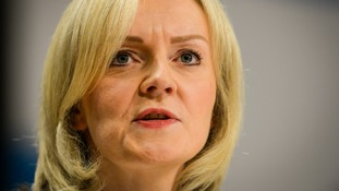 Liz Truss to resume talks with prison officers' union