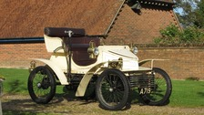 The 1903 vintage Vauxhall