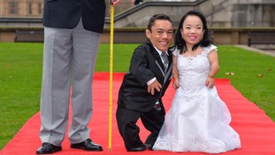 Paulo Gabriel da Silva Barros and Katyucia Lie Hoshino Barros from Brazil are the world's shortest married couple.