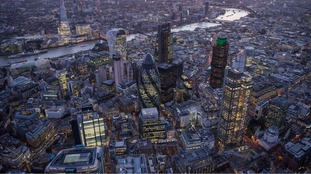 Helicopter photographer takes amazing shots of London.