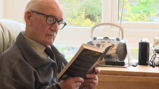 Eighty-nine-year-old looking for work because he's 'dying of boredom'
