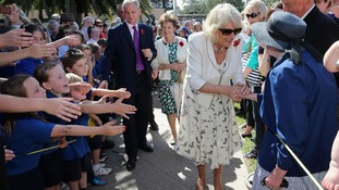 Adelaide school children try to get Camilla, Duchess of Cornwall's attention