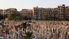 Dead left on streets of Aleppo as cemeteries fill up