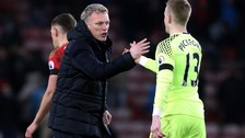 David Moyes congratulating goalkeeper Jordan Pickford