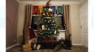 A Harry Potter-themed Christmas tree in Durham has gone viral