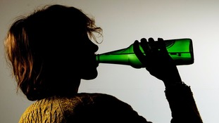 Alcohol may trigger irregular heartbeats, research finds