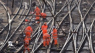 Network Rail to lose complete control of tracks in government shake-up
