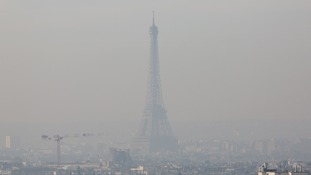 Driving ban in Paris as city struggles with smog
