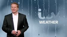 Simon has the weekend weather news