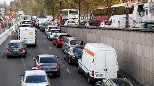 Traffic jams by the banks of the Seine could be diesel-free by 2025.