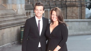 Louis Tomlinson attends a charity fundraiser with his mother, Johannah Deakin, last year.