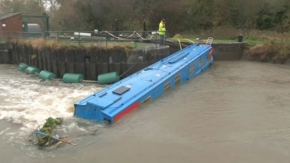 Stuck Narrowboat In River Nene Due To Be Removed Today