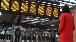 Talks resume to resolve Southern Rail strike