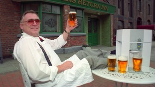 Corrie's Jack Duckworth, actor Bill Tarmey, dies in Tenerife