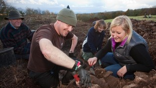 Wounded soldiers take up archaeology for recovery