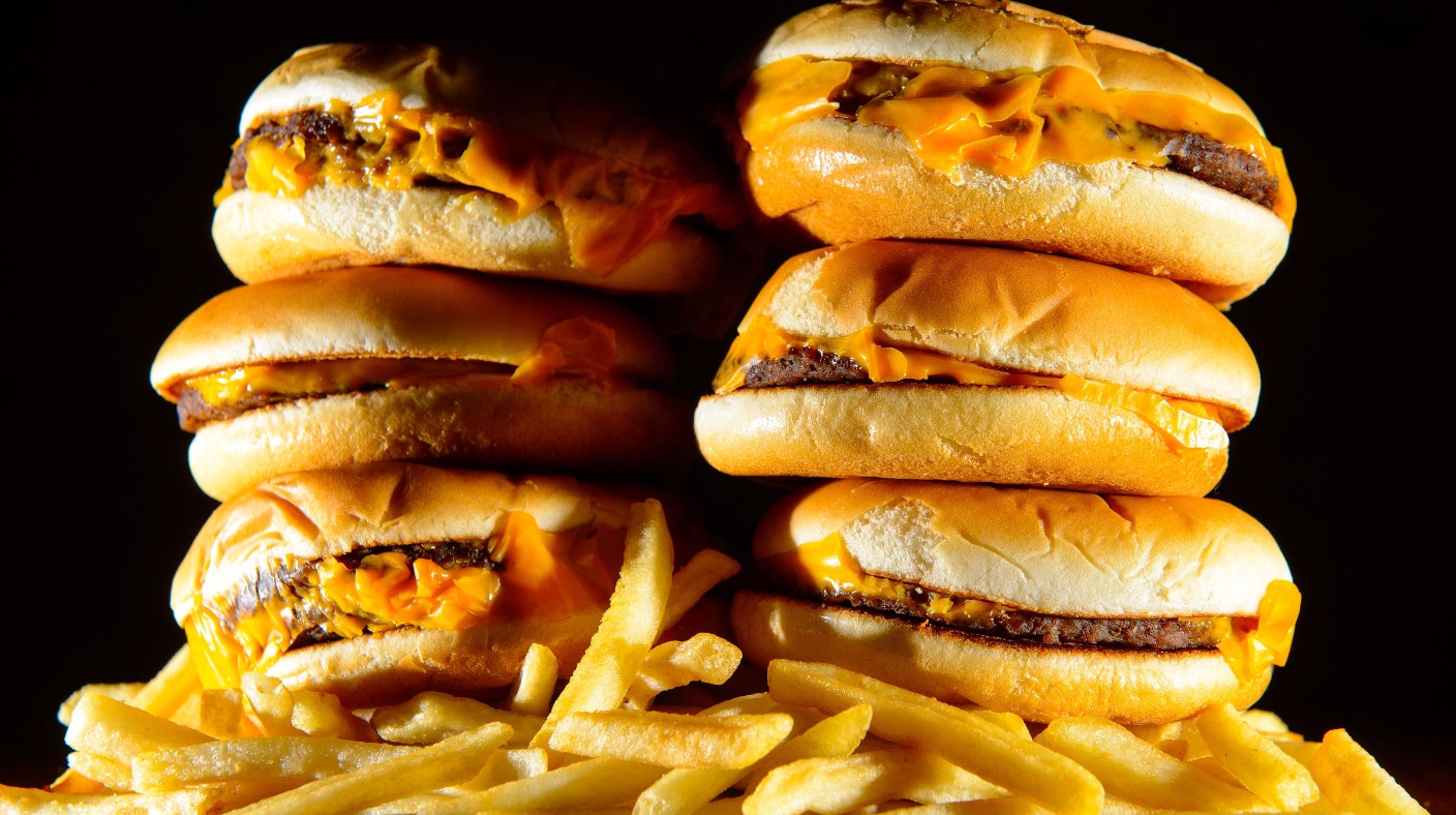 should junk food advertisements be limited