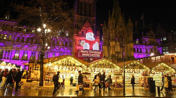 Police step up patrols at Manchester Christmas markets - ITV News