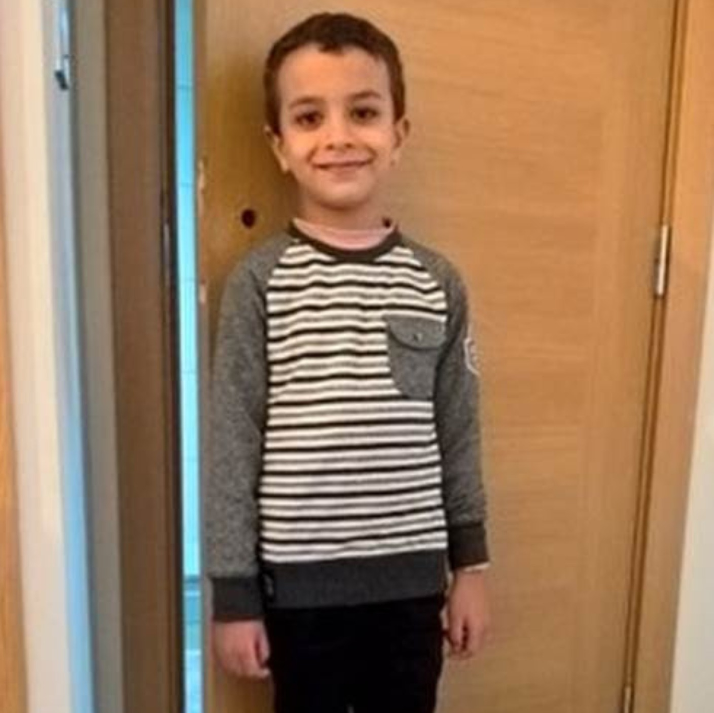 Five year old helps rescue Mum from locked bathroom | West ...