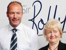 Lady Elsie with Alan Shearer pictured in 2009