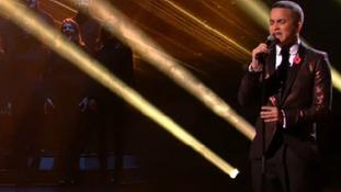Jahmene Douglas performs on Saturday night's show.