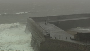 Storm Barbara brings heavy winds and ghastly waves