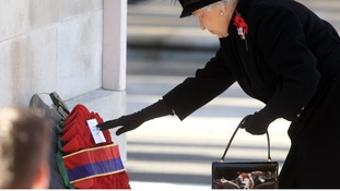 Queen leads nation in Remembrance Day tributes
