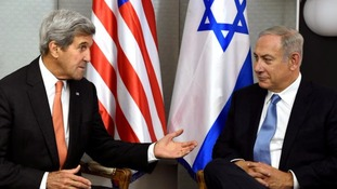 Benjamin Netanyahu (r) was critical of John Kerry's (l) speech