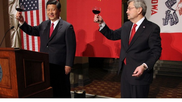 China Vice President Xi is welcomed by Iowa Governor before a state dinner in February 2012