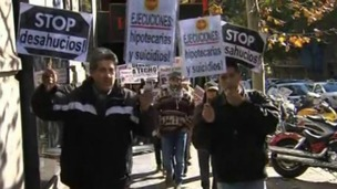 Protesters march in Spain against home repossessions