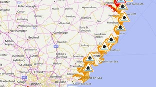 Flood warning and flood alerts in Essex and Suffolk.
