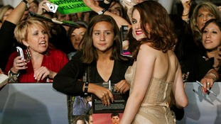 Kristen Stewart speaks to fans at the Breaking Dawn Part 2 premiere in LA