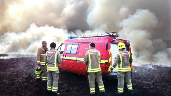 South Wales Fire and Rescue Service fighting grass fires