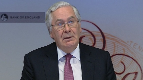 Sir Mervyn King delivering his economic assessment this morning