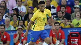 Man City fail to register Brazilian in time for Everton