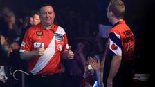 Glen Durrant wins maiden BDO World Championship title