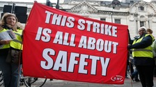 Crunch talks set to avert Tube and rail strikes