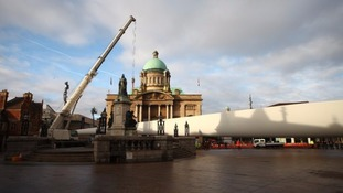 The blade is placed in Hull's Queen Victoria Square.