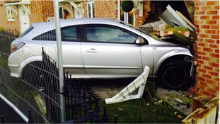 Durham drink-driver gets ban after ploughing into house