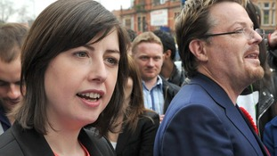 Lucy Powell canvassing with comedian Eddie Izzard
