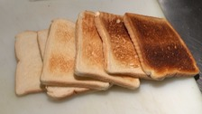 Dark brown toast 'can pose cancer risk'