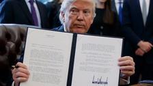 Donald Trump backs controversial oil pipelines