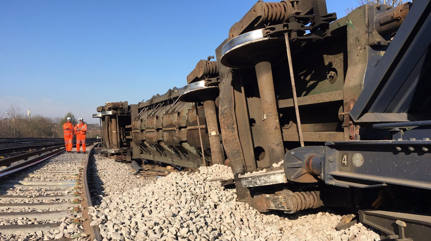 Freight train derailment will disrupt commuter line for ...