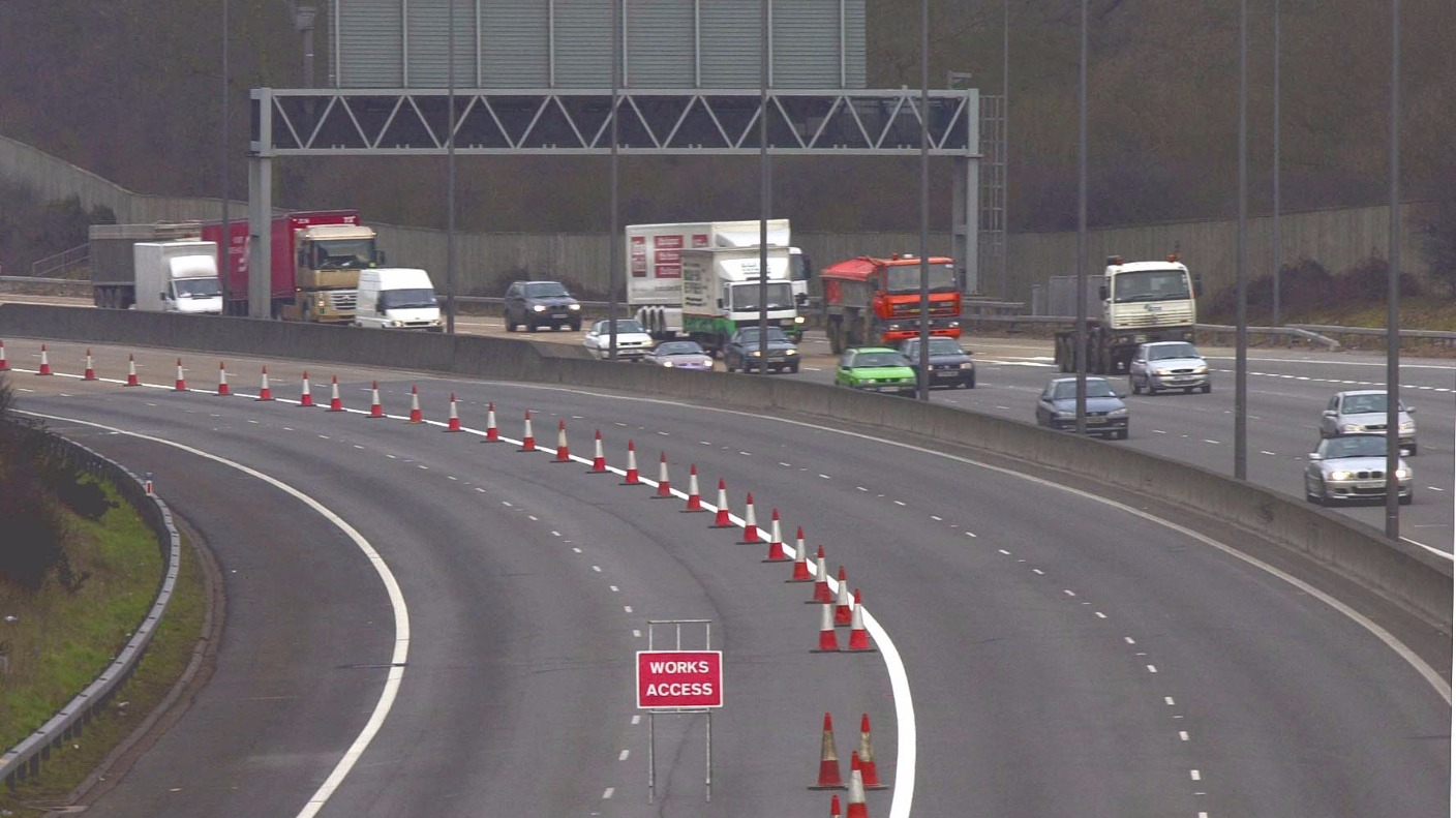 m32 closed overnight between junction 2 and 3 in bristol. Black Bedroom Furniture Sets. Home Design Ideas