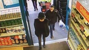 Woman's purse stolen from handbag in Poundland
